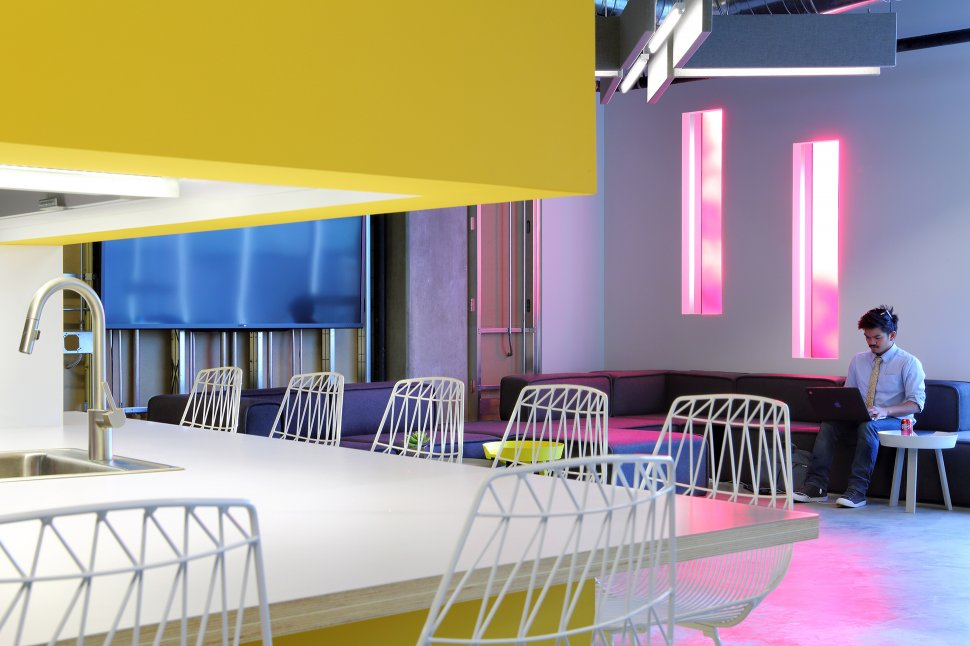 Top 6 thiết kế nội thất văn phòng hiện đại đầy cảm hứng trên thế giới p1
