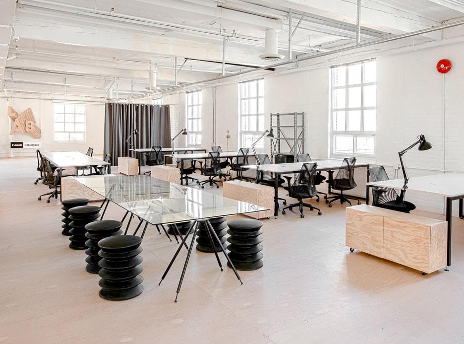 Khám phá 10 mẫu thiết kế văn phòng tiện nghi, tối giản trên thế giới