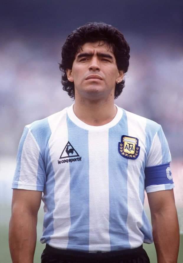 Maradona - Sự ra đi của một huyền thoại không bao giờ chết